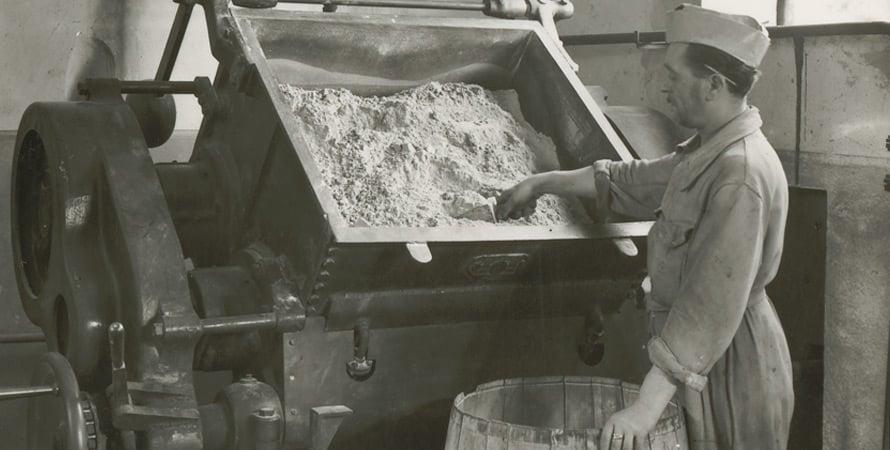 Lavorazione-polveri-anni-50